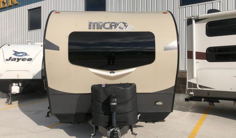 2019 Flagstaff Micro Lite 25 LB full