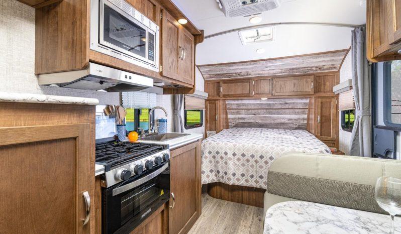 2021 Vista Cruiser 19RBS full