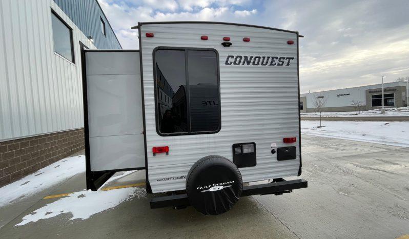 2021 Conquest 323TBR full