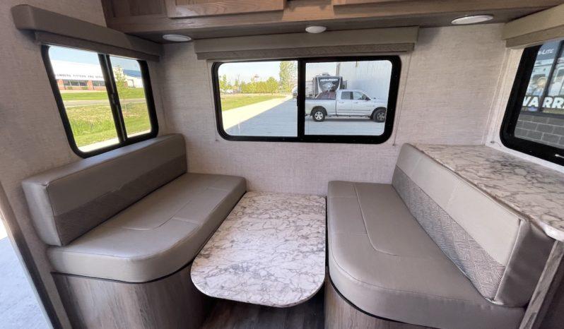 2021 Vista Cruiser 23TWS full